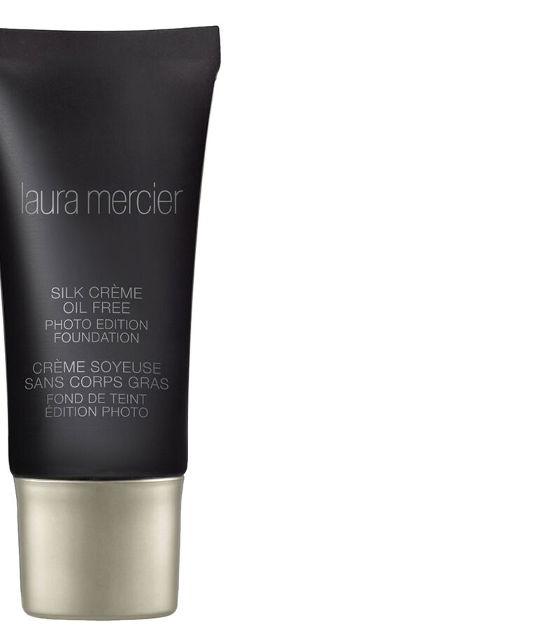 Silk Crème Oil Free Photo Edition Foundation, , editorial